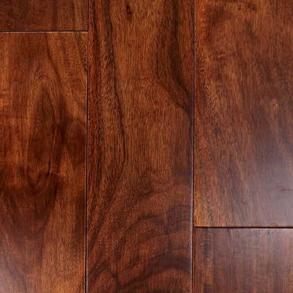 Laurentian engineered hardwood flooring 4866 rupert st for Laurentian laminate flooring