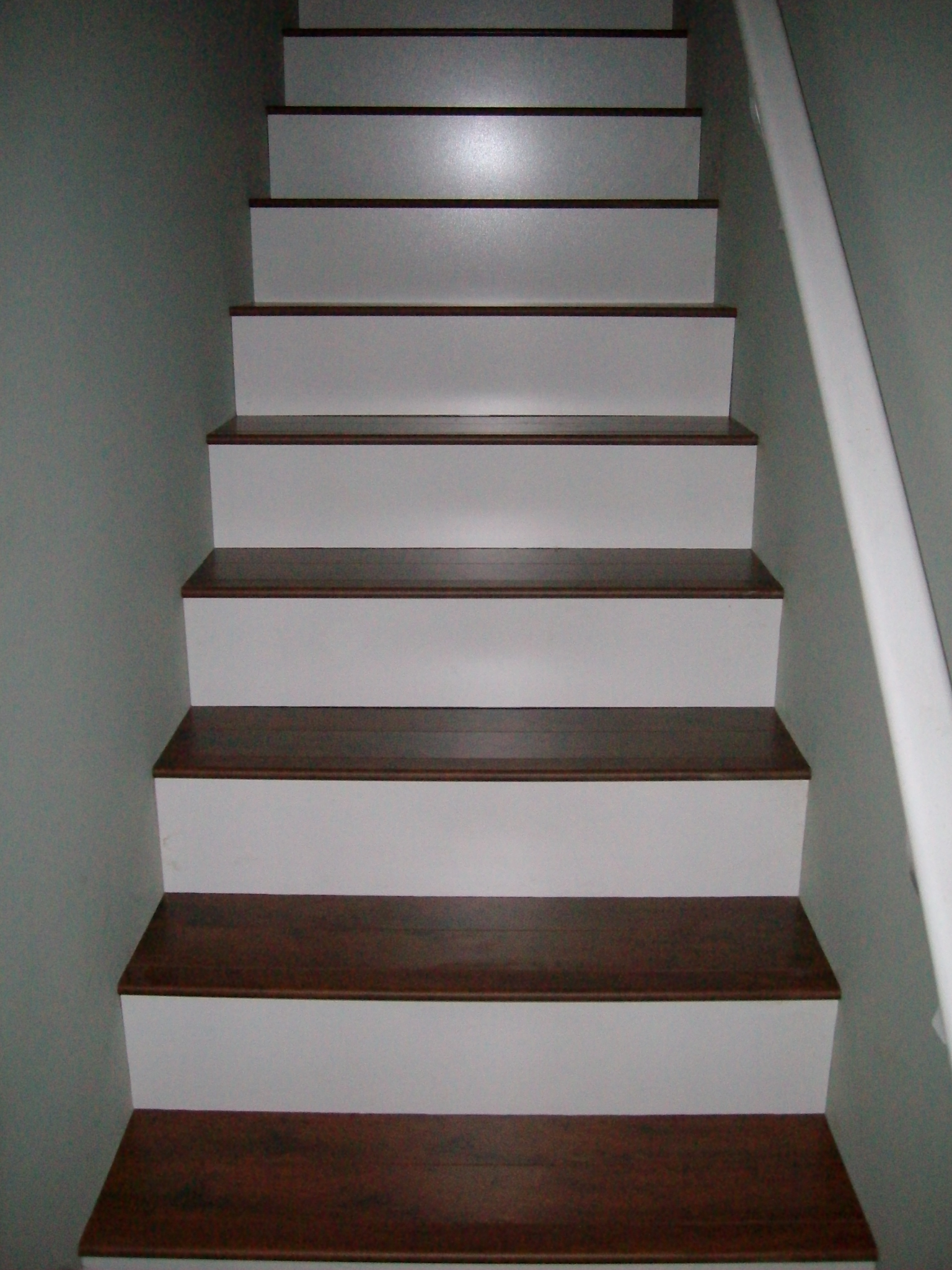 Laminate Flooring: Stairs Laminate Flooring