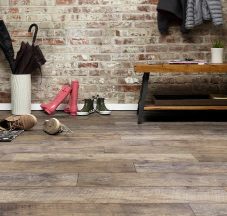 inhaus-laminate-flooring-natural-vintage-collection
